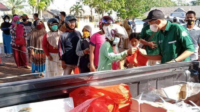 Yati Berlebaran Pakai Daging Kerbau, Beli dari Operasi Pasar Daging Beku di Bundaran Koba