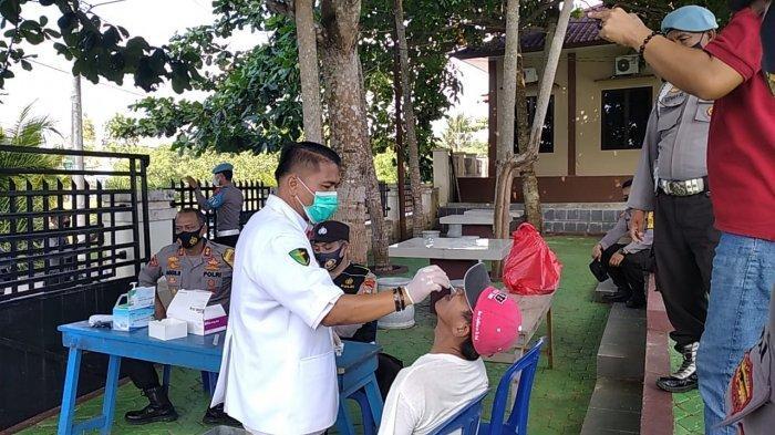Polisi Cegat Pengendara yang Mau Masuk Toboali, 100 Orang Dites Rapid Antigen, Begini Hasilnya