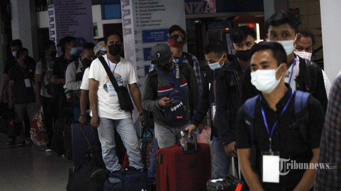 Covid-19 Kembali Melonjak, Malaysia Lockdown, Puluhan Ribu TKI Dipulangkan ke Indonesia