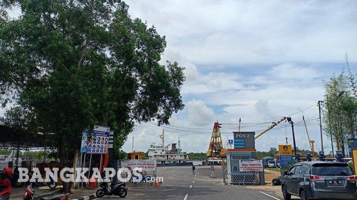 Tak Ada Larangan, Aktivitas Bongkar Muat di Pelabuhan Pangkalbalam Terus Beroperasi Normal