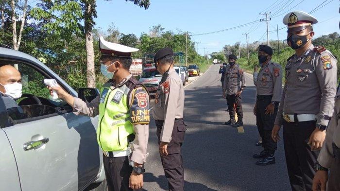 Sasar Pemudik dan Kendaraan, Kepolisian dan Puskesmas Toboali Periksa Orang Masuk ke Bangka Selatan