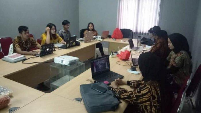 10 Anak Muda Belitong Geopark Youth Community Ikuti Workshop Indonesia Geopark Youth Forum