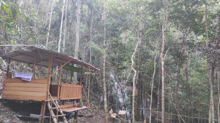 Komunitas Palawidja Bangka membuat sejumlah fasilitas penunjang dikawasan Air Terjun Maruyan dan Air Terjun Lakedang Gunung Maras beberapa waktu lalu