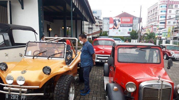 Belasan Mobil Antik, Rood to Tongaci, Hongky : Dari Rumah Tua Pakai Mobil Tua, ke Garasi Tua - 20210530-mobil-antik.jpg