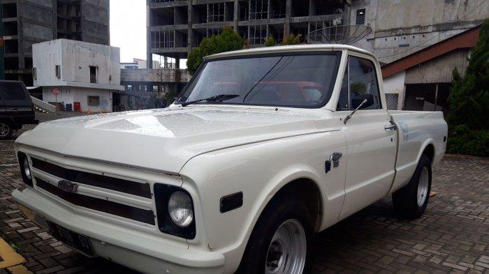 Belasan Mobil Antik, Rood to Tongaci, Hongky : Dari Rumah Tua Pakai Mobil Tua, ke Garasi Tua - 20210530-mobil-antik3.jpg