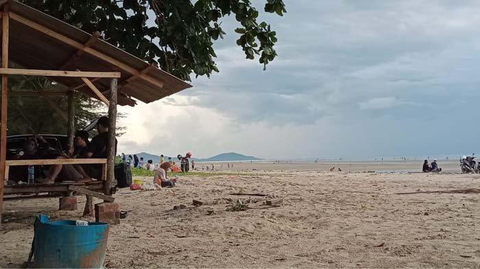 Wisata Pantai Pukan Bisa Jadi Alternatif Liburan Keluarga,Selain Dekat juga Murah