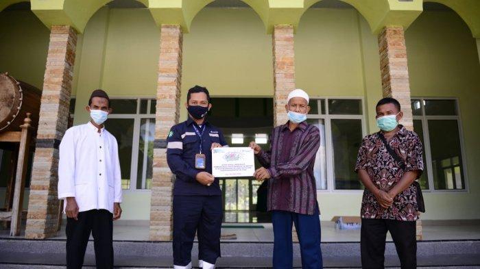PT Timah Bantu Pembangunan Masjid Hingga Pengobatan Suci Pengidap Sakit Infeksi Paru di Bedengung