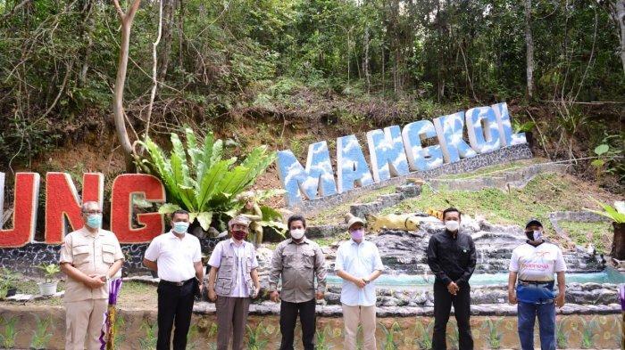 PT Timah Bantu Sarana di Tiga Objek Wisata, Terus Komitmen Kembangkan Sektor Pariwisata
