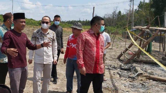 Tinjau Lokasi Kebakaran, Bupati Bangka Tengah Berikan Bantuan Ke Pondok Pesantren Tahfidz Guntur