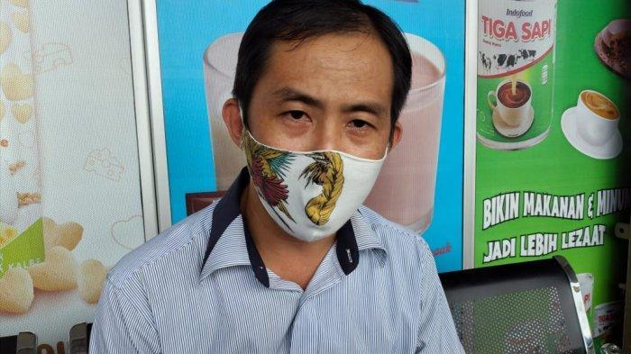 Manager Mega Mart Sungailiat, Budi