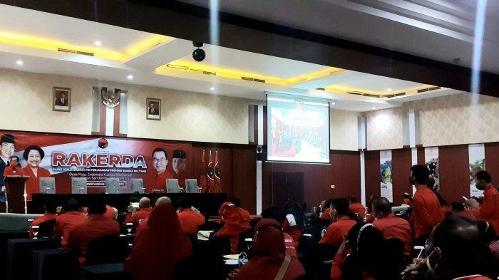Saat Partai Demokrasi Indonesia (PDI) Perjuangan mengelar Rapat Kerja Daerah (Rakerda) di Hotel Grand Hatika Hotel, Tanjung Pandan, Rabu (9/6/2021)