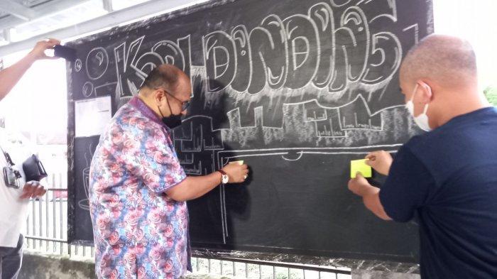Kepala Kejari Pangkalpinang Launching Kopi Dinding, Program Sosial Berbagi dengan Orang Tak Mampu