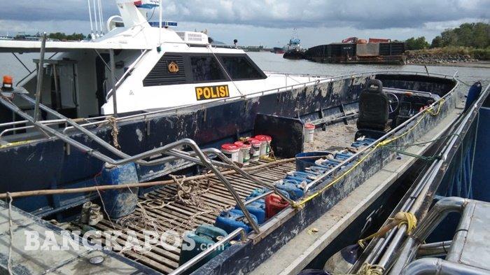 Bersandar di Dermaga Dirpolairud Polda Bangka Belitung, Kapal Hantu Dipasang Police Line