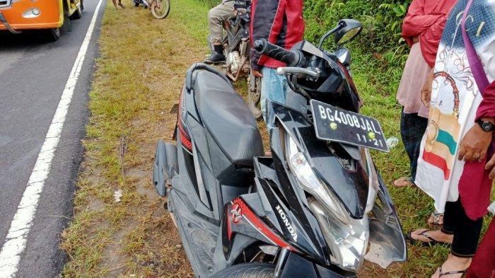 Detik-detik Kecelakaan Beruntun di Desa Dendang Bangka Barat, Libatkan Tiga Mobil dan Dua Motor - 20210611-lakalantas-4.jpg