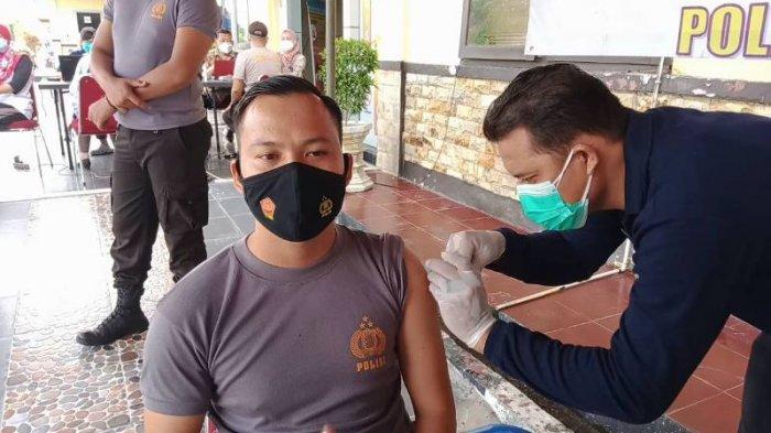 Anggota Polres Bangka Tengah Harus Maksimal Bertugas Setelah Divaksin