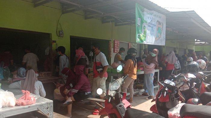 H-3 Iduladha, Tempat Penggilingan Daging di Pasar Besar Pangkalpinang Ramai Diserbu Warga