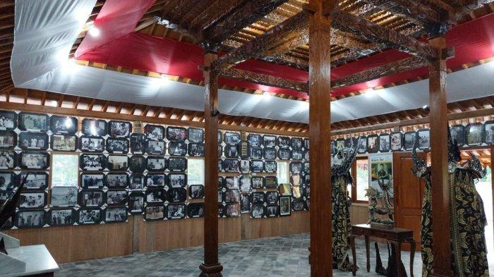 Rudi Center dan Desa Seni Joglo Ankira Gelar Pameran Ratusan Foto Bung Karno