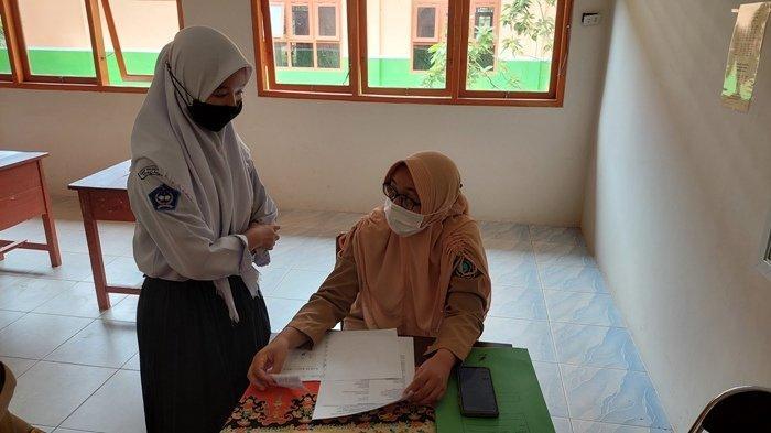 PPDB SMA, Anisa Temani Adiknya Bantu Gambarkan Alamat Rumah Demi Kemudahan Penentuan Jarak