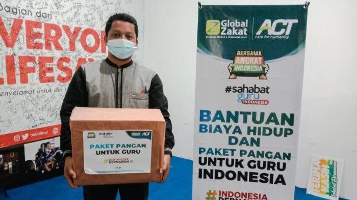 Global Zakat-ACT Bangka Bantu Biaya Hidup dan Paket Pangan Bagi Guru Honorer