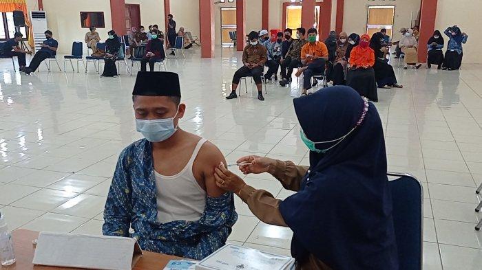 Animo Masih Kurang, Kapolres Ajak Masyarakat Ikuti Vaksin Gratis di Polres Bangka Barat