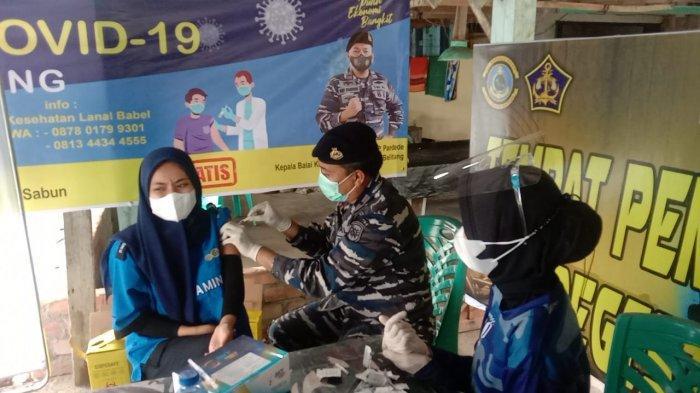 Pangkalan TNI AL Bangka Belitung telah melaksanakan serbuan vaksinasi untuk masyarakat hingga hari ke tiga, (29/06).