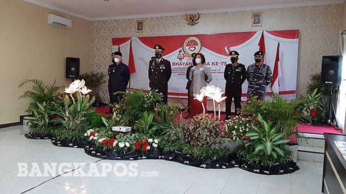 Peringatan hut Ke-75 Bhayangkara, Polres Bangka Tengah yang di gelar di Aula Pratisarawirya Polres Bangka Tengah, pada Kamis (01/07/2021).