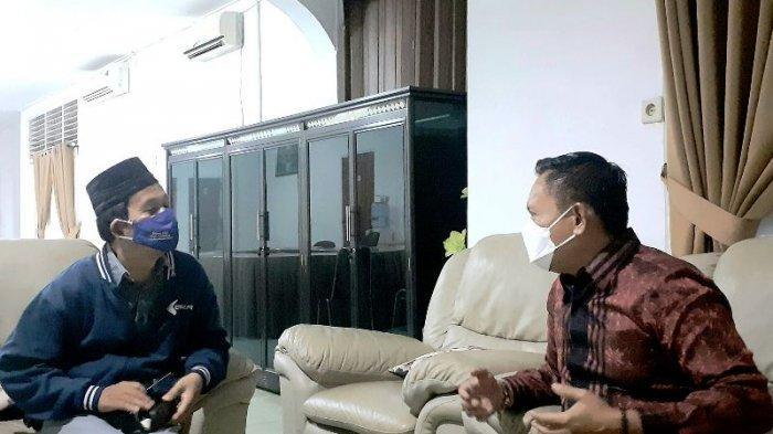 Guru Agama di Selat Nasik Belitung Bersyukur Bisa Curhat ke Ketua DPRD Babel di Rumah Aspirasi