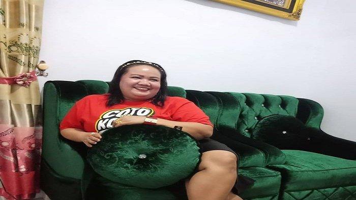 Ruang tamu di rumah Aty Kodong