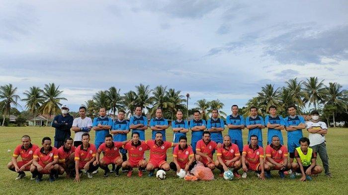 Salurkan Hobi, Bupati Bangka Ikut Pertandingan Sepakbola, Tim Pemkab Berhasil Ungguli Tim Pemali 2:1