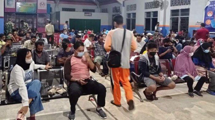 Penumpang Kapal di Pelabuhan Tanjung Kalian Wajib Vaksin Covid‑19
