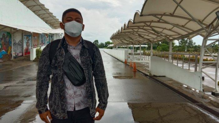 Wachid (23) Warga Tanjung Pandan saat ditemui oleh Bangkapos.com di Bandara Depati Amir Pangkalpinang, Rabu (21/7/2021).