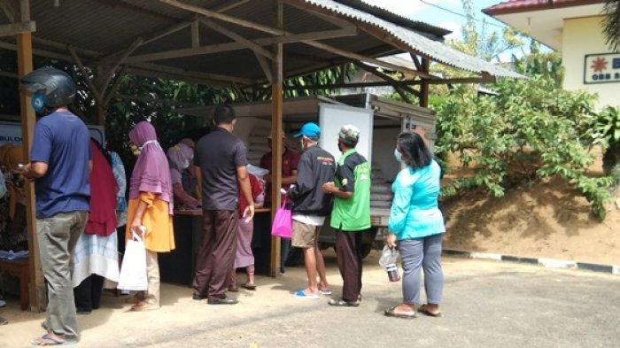 Sedih Tak Dapat Bantuan Beras PPKM, Dua Warga Kecamatan Gabek Pulang dengan Tangan Hampa