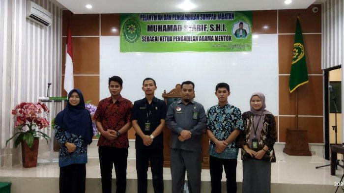 Mahasiswa PKL Prodi HKI Hadiri Pelantikan Ketua Pengadilan Agama Muntok