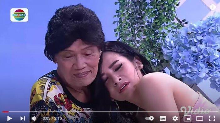 Maria Vania Sering Peluk Tessy di Acara Temulawak, Sang Legend Menang Banyak