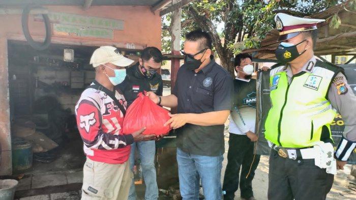 MBCI Bagikan Sembako BersamaSatlantas Polres Bangka dan Polres Pangkalpinang