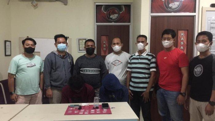 Tim Kalong Satresnarkoba Polres Pangkalpinang Gagalkan Transaksi Narkoba, Dua Orang Dibekuk Polisi