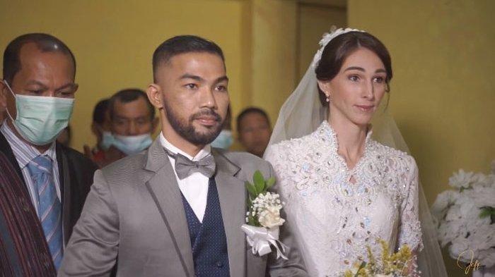 Gadis Bule Asal Inggris Kepincut Orang Batak hingga Menikah, Awalnya Berkenalan dari Aplikasi Travel