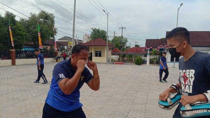Personel Polres Pangkalpinang Latihan Muay Thai, Guna Dukung Kinerja Polisi di Lapangan