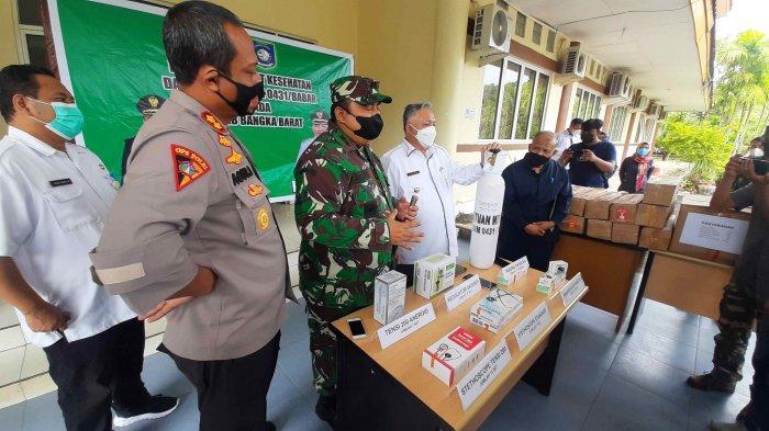 Kodim 0431/Bangka Barat, Bantu Pemkab Babar Tangani Covid-19, Serahkan Sejumlah Alat Kesehatan