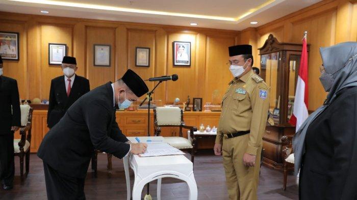 Gubernur Bangka Belitung Erzaldi Lantik Widyaiswara Ahli Utama