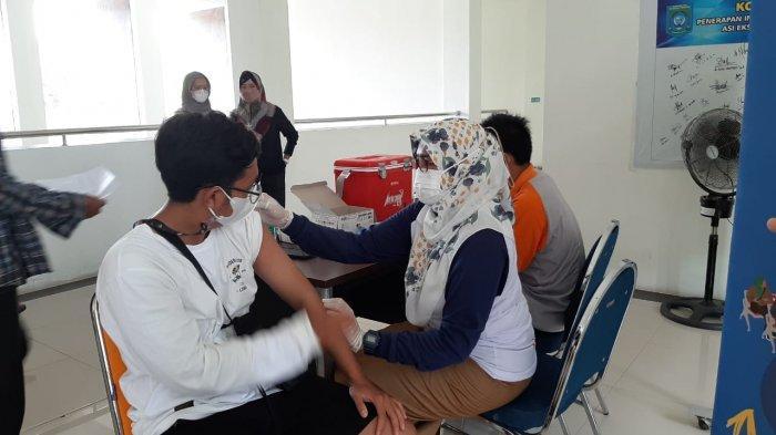 Bangka Tengah Kembali Layani Vaksinasi Dosis Pertama