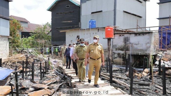 Gubernur Kunjungi Warga Korban Kebakaran Jelutung II Kabupaten Bangka Selatan