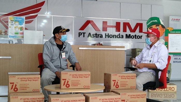PT Astra Honda Motor (AHM) mendistribusikan 1.100 paket bantuan kepada veteran perjuangan serta keluarga yang sedang menjalankan isolasi mandiri di wilayah DKI Jakarta dan Jawa Barat serta wilayah mitra binaan pada Senin (16/08).