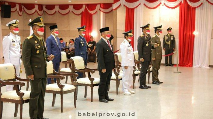 Gubernur dan Forkopimda Babel Ikuti Upacara Penurunan Bendera di Istana Negara