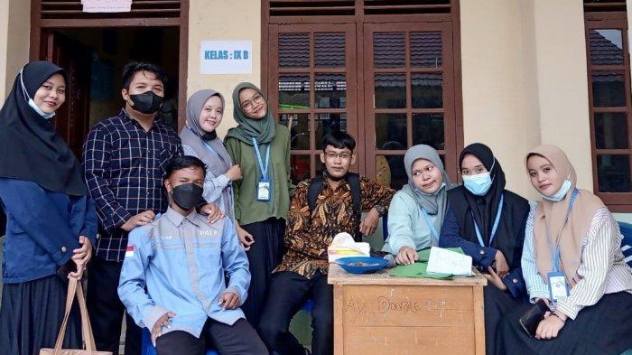 Mahasiswa PPLK II IAIN SAS Babel Adakan Serangkaian Lomba di MTS Annajah Petaling