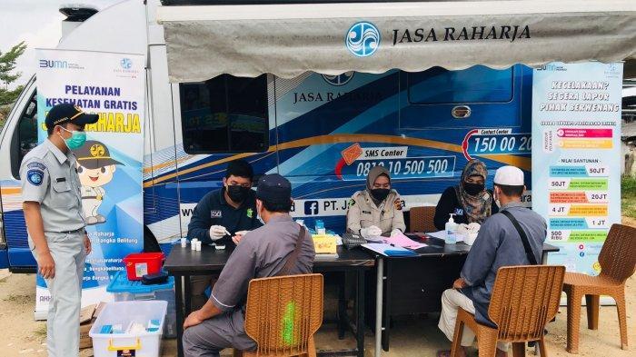 PT Jasa Raharja Cabang Kepulauan Bangka  Belitung menggelar kegiatan Pengobatan Gratis kepada masyarakat bersamaan dengan kegiatan Samsat Setempoh di beberapa wilayah Bangka Belitung.