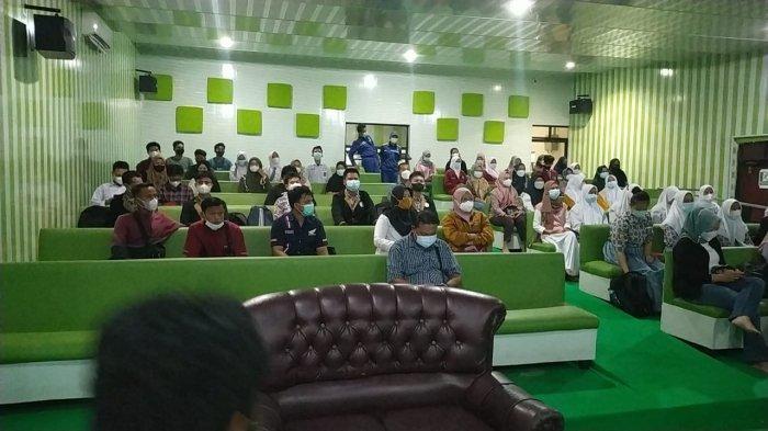 LEMBAGA Kursus dan Pelatihan Abdi Negara Cendekia bersama dengan Tim Bangka Selatan Hame-hame Bergerak (Baher) menggelar Sharing Session Beasiswa dan Kuliah Luar Negeri bagi peserta didik di Kabupaten Bangka Selatan.Rabu(25/8)