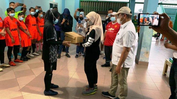 Erzaldi Yakin Sepak Bola Putri Bangka Belitung Raih Emas di PON Papua, Melati Minta Jaga Kesehatan