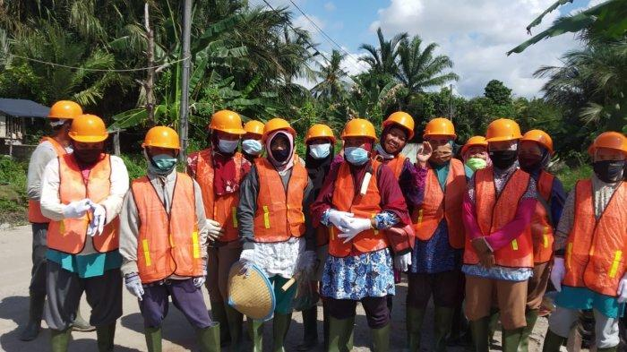 Program Kotaku Berikan Tambahan Penghasilan untuk Ibu Rumah Tangga di Desa Rebo