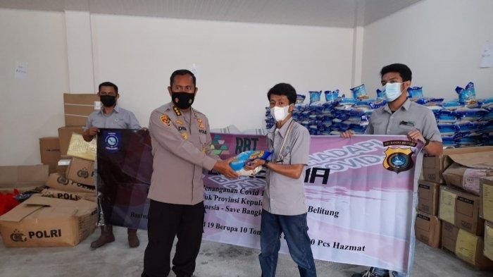PT Refined Bangka Tin Serahkan Bantuan Baju Hazmat dan Beras ke BPBD dan Polda Bangka Belitung